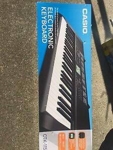 Casio Electronic Keyboard The Junction Newcastle Area Preview