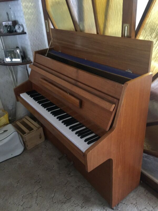 Piano- Zender- Six Octaves - Excellent Condition -£400 - Buyer Collects