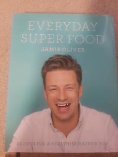 Jamie Oliver - Everyday Super Food (hardcover) - never used