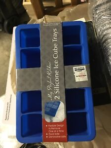 Brand new silicon ice cube tray