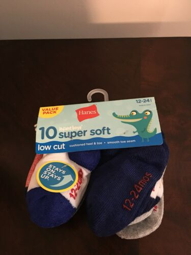 BRAND NEW INFANT BOYS SIZE 12-24 MONTHS HANES 10 PACK OF LOW CUT SOCKS