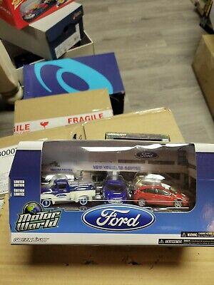 Greenlight Motor World Ford Dealership 1:64  Diecast 5 Car Set Limited NEW