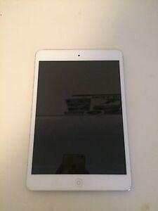 iPad mini / 16gb / Silver Bondi Eastern Suburbs Preview