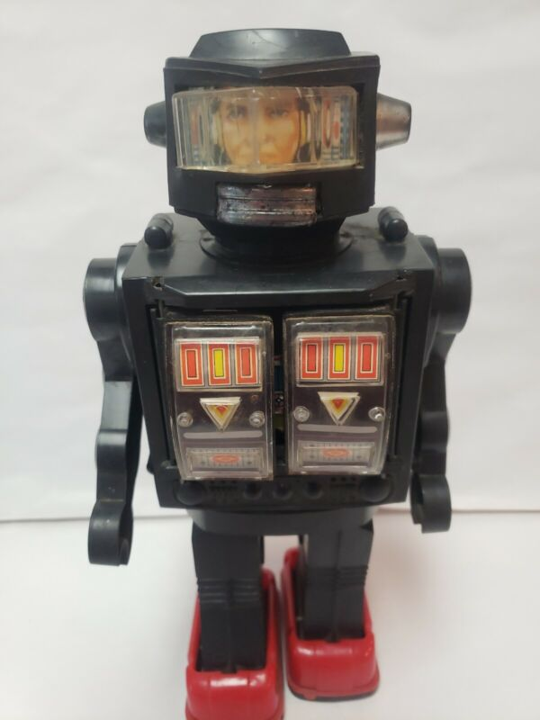 VINTAGE SPACE TOY ASTRON ROBOT