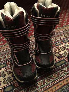 Girls boots  brand new never being used size three  fiero Gatineau Ottawa / Gatineau Area image 3