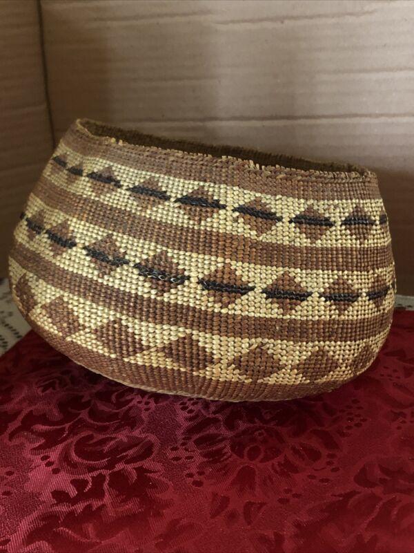 Antique Hupa Yurok Karuk Native American Basket Unique Design Fine Weave