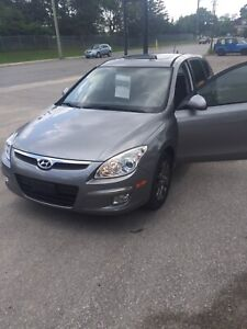 Hyundai Elantra Touring *Low KM & Certified*