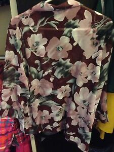 NWT - Woman's 16P button up sheer dress shirt from Nygard London Ontario image 2