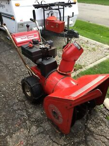 Snowblower.    Sno Tracy Snowblower 10 hp