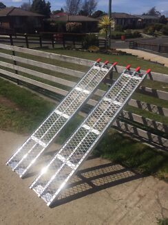 Atv/lawnmower loading ramps