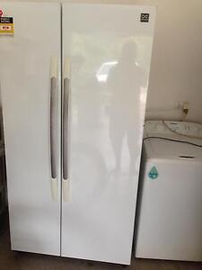 Double double fridge freezer 618L Tiwi Darwin City Preview