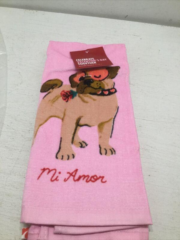 "NEW 2 Hand Towels Pug Dog ""MI AMOR"" Je Taime French Love Sayings Valentine"