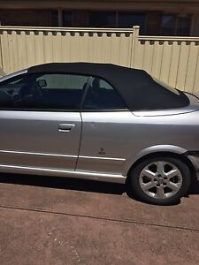 Holden Astra 2002 Meadow Heights Hume Area Preview