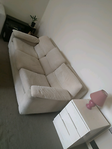 3 seater couch. Excellent condition Carlton Melbourne City Preview