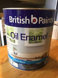Tin of paint - British Paint - Oil enamel - White Belle