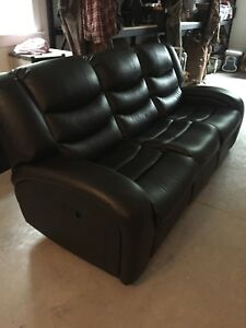 Reclining couch - perfect condition