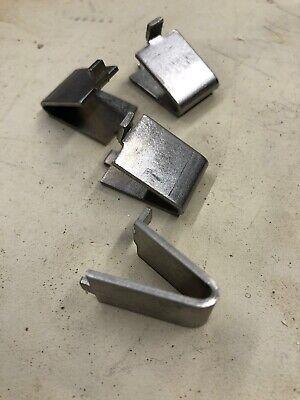 Set of 4 shelf clips for Kelvinator Freezer Krs220Rhy/Kfs220Rhy Model 297121900