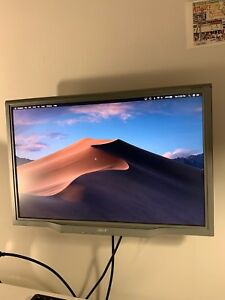 "22"" HD Wall mounted Monitor - fully adjustable"