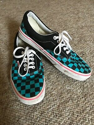Vans Checkerboard Size 7
