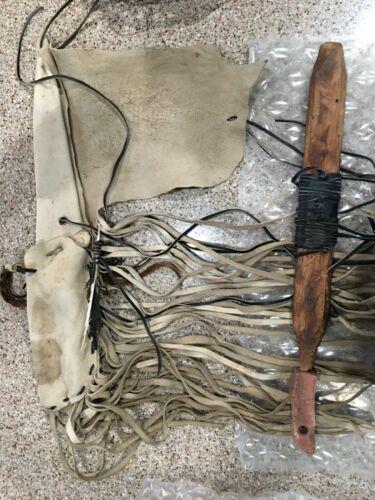 Ihanktowan Oyate (Yankton Sioux Tribe) Pipestone Peace pipe and leather bag