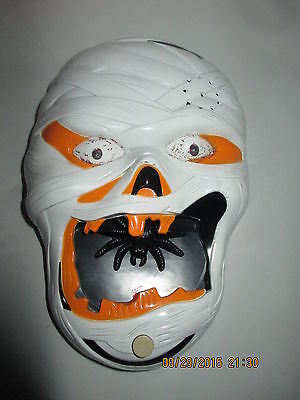 """Mummy Face Talks & Eyes light up, Spider in Mouth, 6"""" by 8"""""""