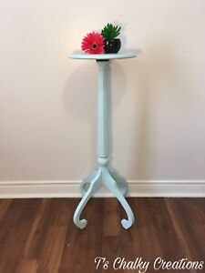 Accent Table/Plant Stand
