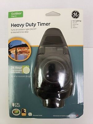 GE Outdoor Heavy Duty Electric Light Timer Plug In Programmable 15102 (Heavy Duty Light Timer)