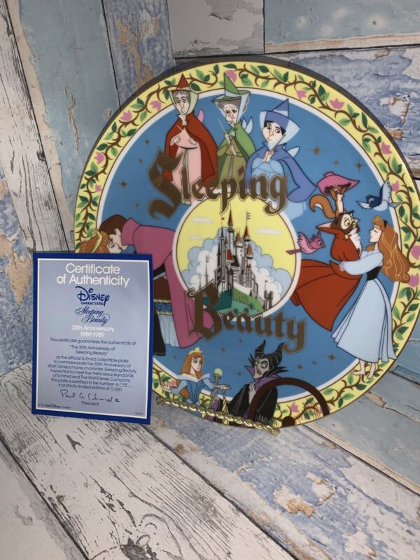 DISNEY COLLECTORS PLATE Sleeping Beauty 30th Anniversary by Schmid