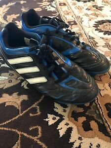 Adidas soccer cleats size 4.5