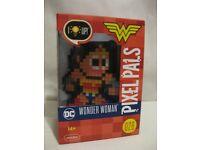 Wonder Woman DC Comics Pixel Pals Light Up #28 Collectible Nightlight JLA