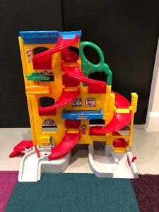 Jouet Fisher Price Little People à 20$