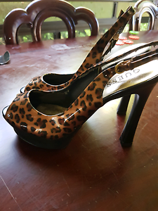 Guess heels Atherton Tablelands Preview