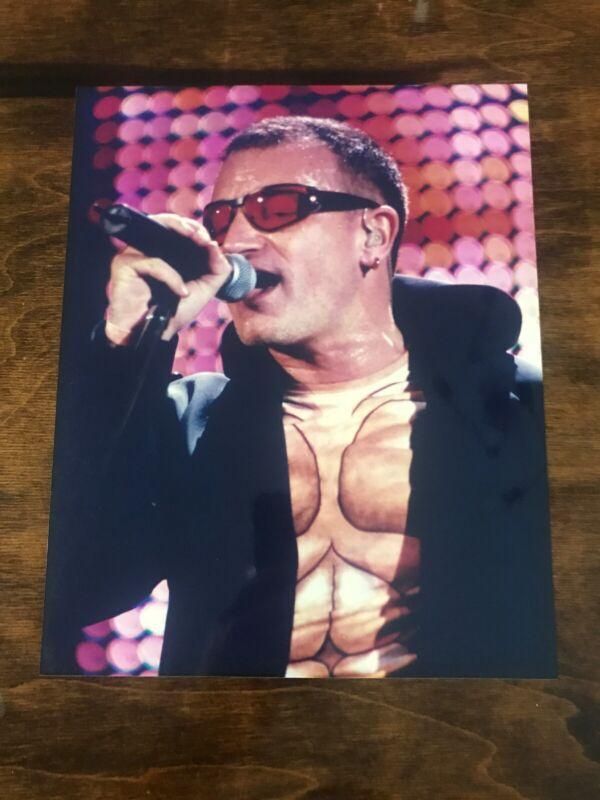 Vintage Young Bono U2 8x10 Glossy Photo Singing Lead Vocals
