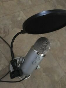 USB Blue yeti recording microphone