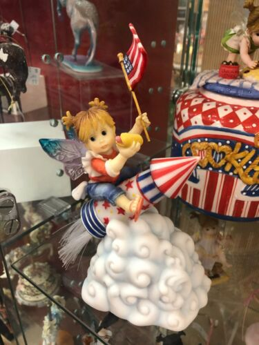 Enesco My Little Kitchen Fairies 4021005 Patriotic Rocket Fairie New in Box