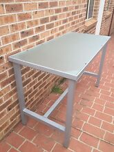 Outdoor table Beaumont Hills The Hills District Preview