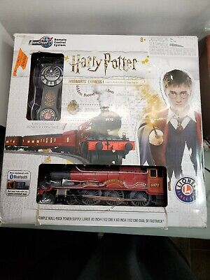 Lionel 6-83972 Harry Potter Hogwarts Express LionChief Train Set Bluetooth New