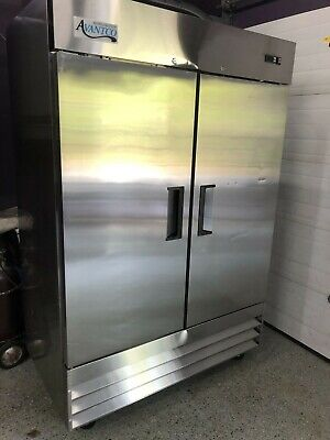 Avantco A-49f-hc 54 Stainless Steel Commercial Solid 2-door Reach-in Freezer