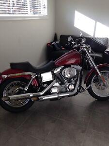 Harley Davidson 2005 dyna superglide custom just put 3 months rego on