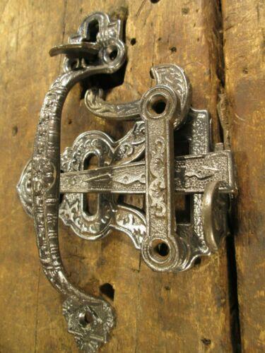 ANTIQUE  VICTORIAN  COTTAGE  DOOR   HANDLE  THUMB  LATCH
