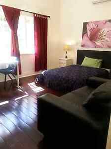 LARGE FEMALE ROOM $185 Highgate Perth City Area Preview
