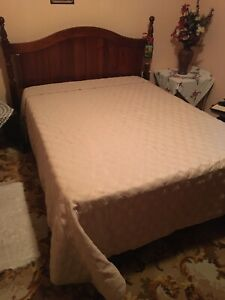 QUEEN SIZE BED EXCELLENT CONDITION