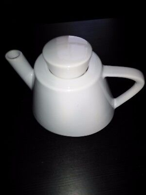 White Porcelain Teapot Tea Pots Modern Contemporary Heavy Duty 6 Cup Locking Lid