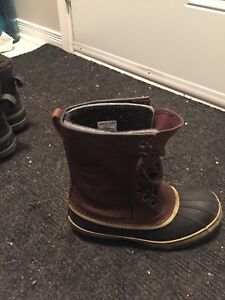 Sorel boots - almost new