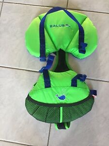Excellent condition Infant life jacket.