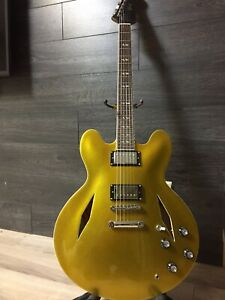 Guitare électrique Semi hollow body DG-335