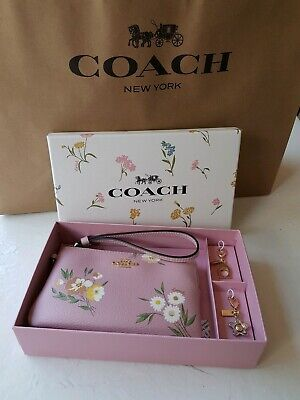Coach Pink Floral Wristlet Zip Purse Gift Boxed with 2 bag charms BNWT