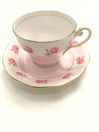 Royal Standard Fine Bone China England Tea Cup and Saucer Gold Trim