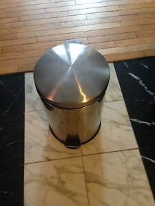 Ss trash can