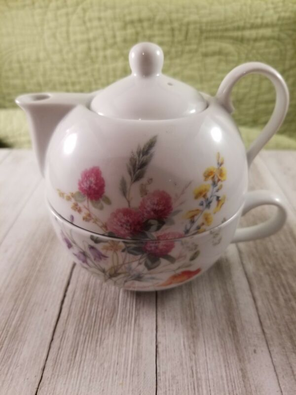 Ljette International Company Porcelain Tea For One Tea Set Floral Wild Flowers
